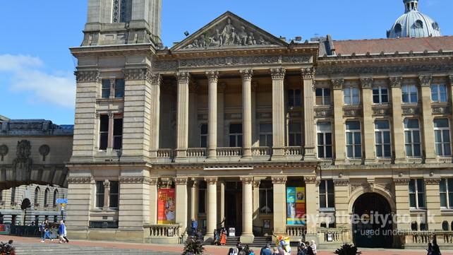 birmingham museum and art gallery  chamberlain square  birmingham  u2022 birmingham museums and art