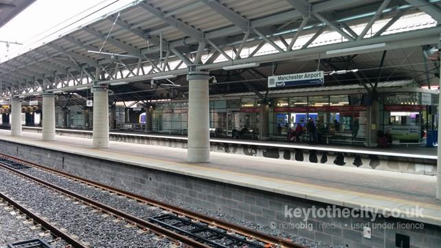 Manchester Airport Metrolink Station, Malaga Avenue